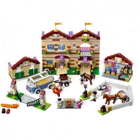 Конструктор Bela Friends Школа верховой езды (Аналог LEGO) 1118 деталей